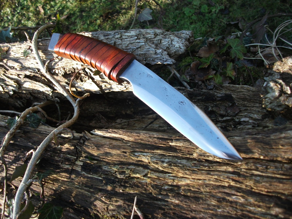 Lone Wolf knife